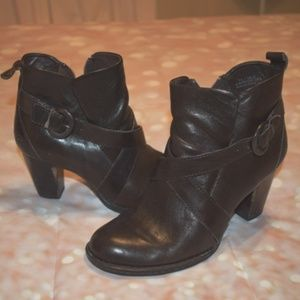 Born Shola Booties Brown Leather Sz: 7.5